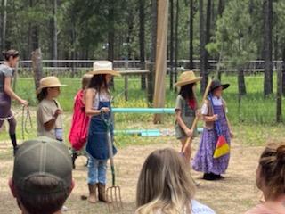 camp.2021.farmers.play